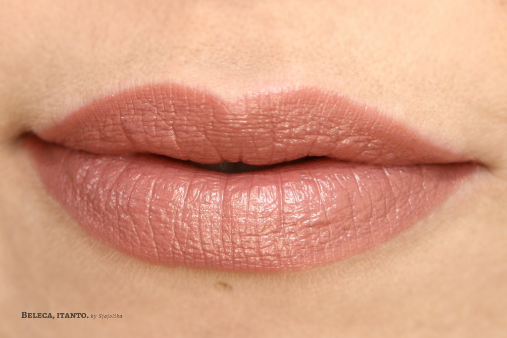 catrice ultimate colour 020 maroon swatch