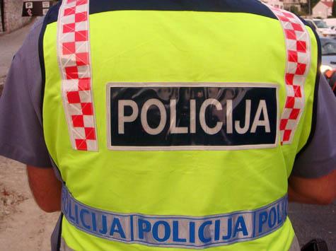 Policajac izvan službe polomio vozilo u Staroj Mokošici: razlozi osobne prirode